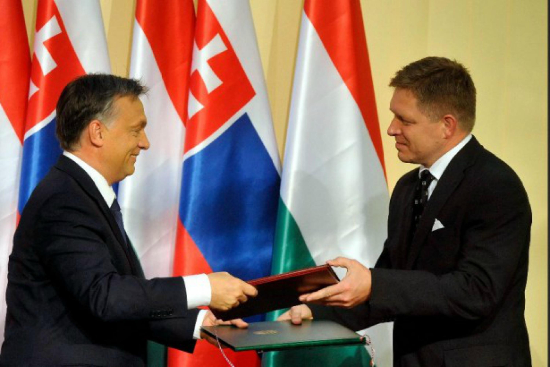 Anglais Slovaque russe hongrois