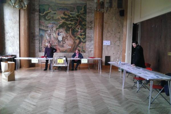 heure d ouverture des bureaux de vote heure d ouverture bureau de vote 28 images heures. Black Bedroom Furniture Sets. Home Design Ideas