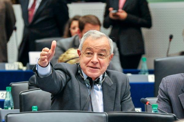 Alain Lamassoure au Parlement européen - ©European union 2013