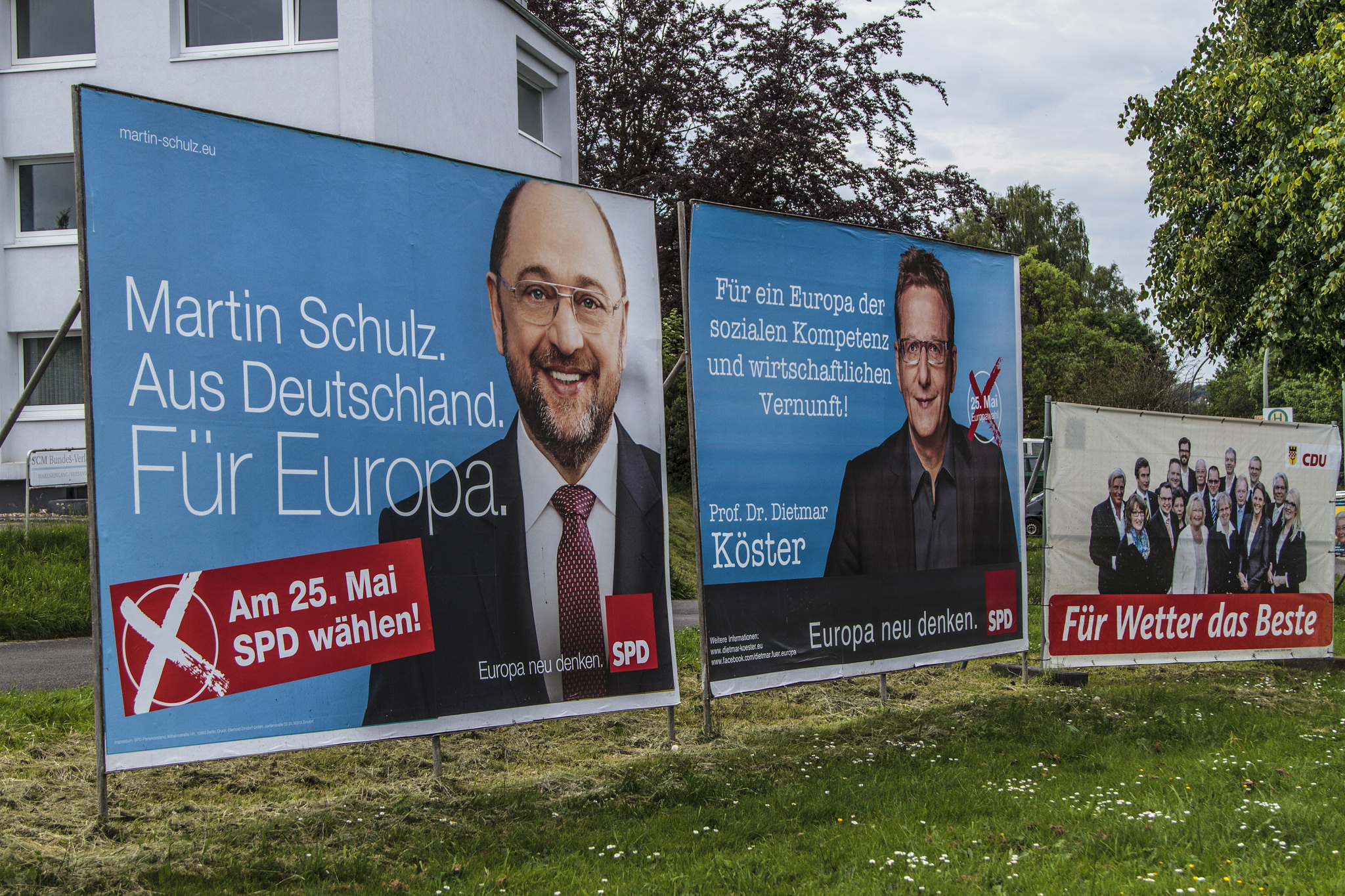 European election top candidates like Martin Schulz, hoped putting a face on the election would motivate voters to polls. Germany, 2014 [Travelswiss1/Flickr]