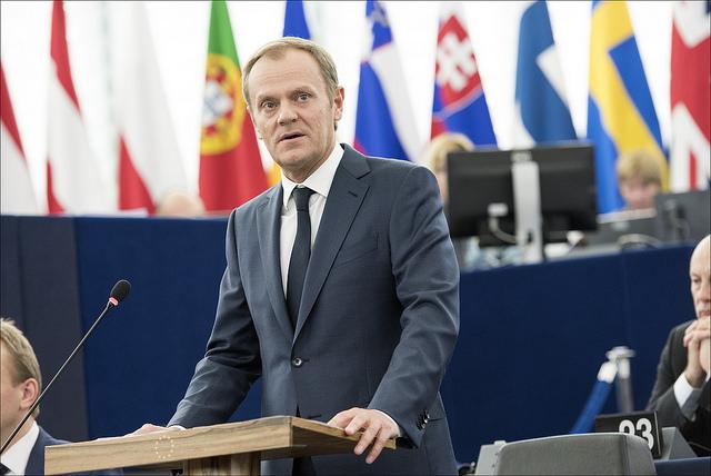 """Donald Tusk appelle les eurodéputés à soutenir le PNR © Union européenne 2015 - Parlement européent"""""""