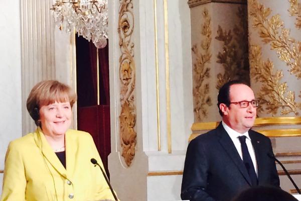 Angela Merkel et François Hollande à Paris, le 20 février 2015 © EURACTIV