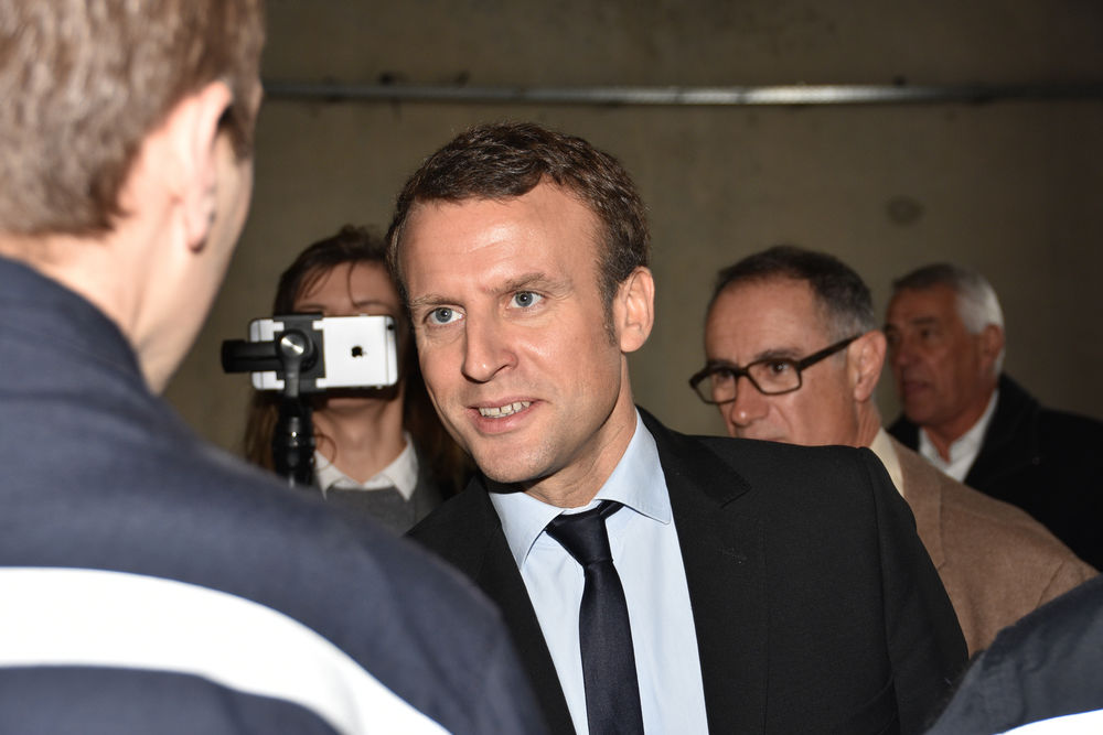 news macron advance frances presidential election