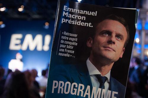 Macron, une semaine pour se préparer à gouverner