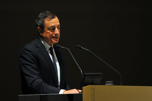 Mario Draghi se réjouit du recul des rhétoriques anti-euro